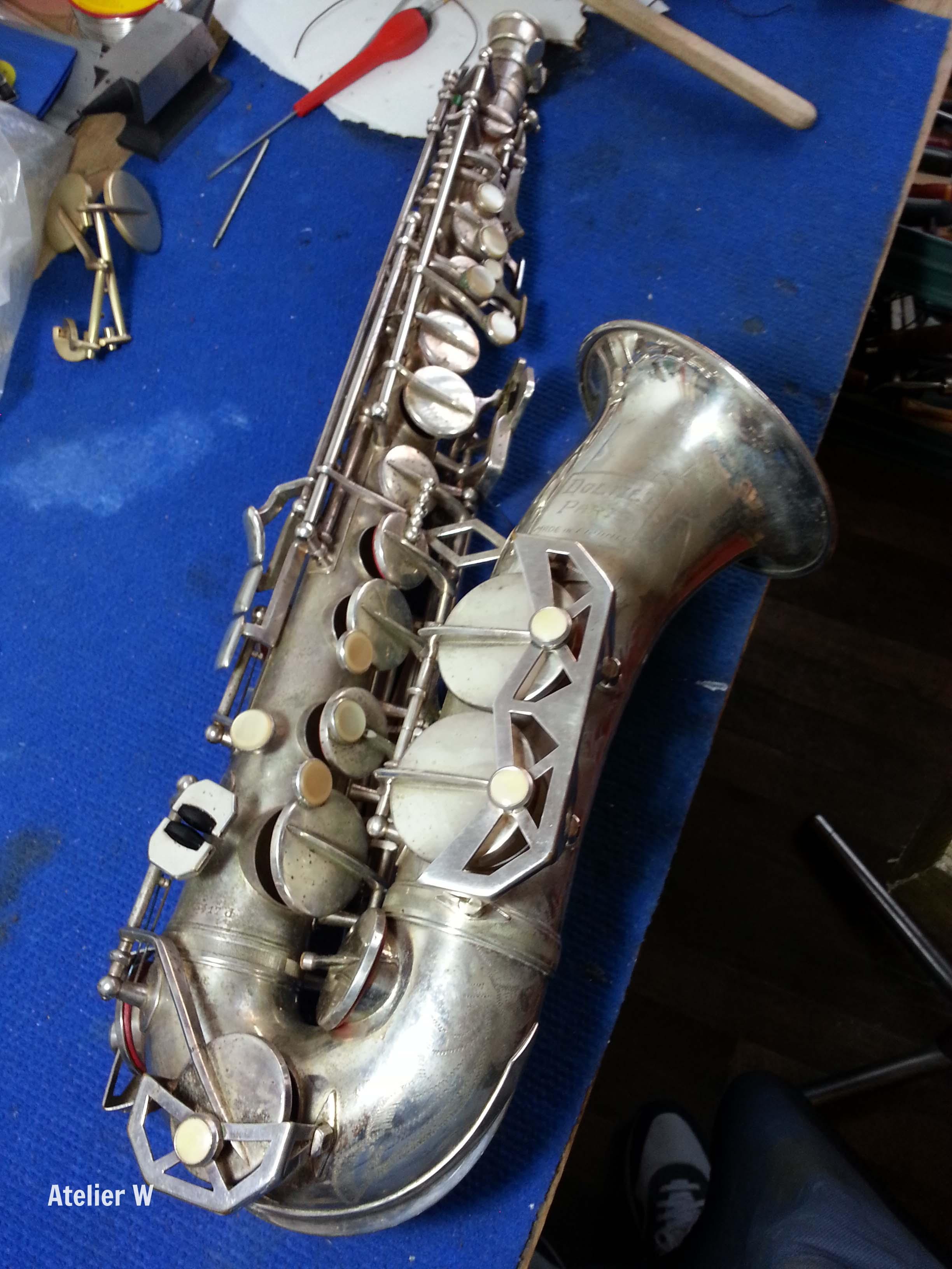 Nouveau pensionnaire à l'Atelier W: saxophone alto Dolnet argenté