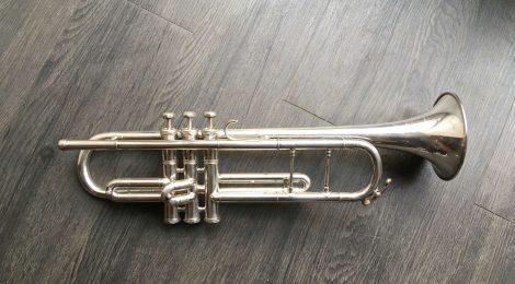 Occasion: trompette Dolnet Unviversal